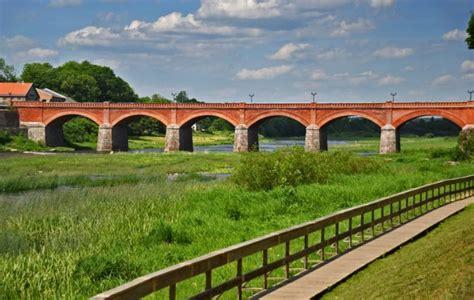 Kuldīgas senais ķieģeļu velvju tilts pār Ventu - Skolēnu ...