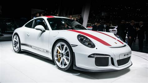 first porsche car this is the porsche 911 r and it could be perfect top gear