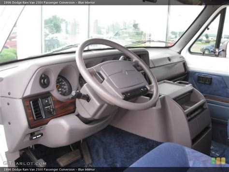 1996 Dodge Ram Wagon Photos Informations Articles