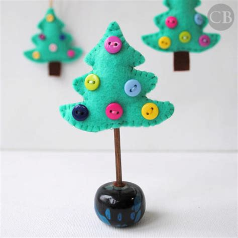 how to make small cute ornaments and cuddly felt trees and other ornaments