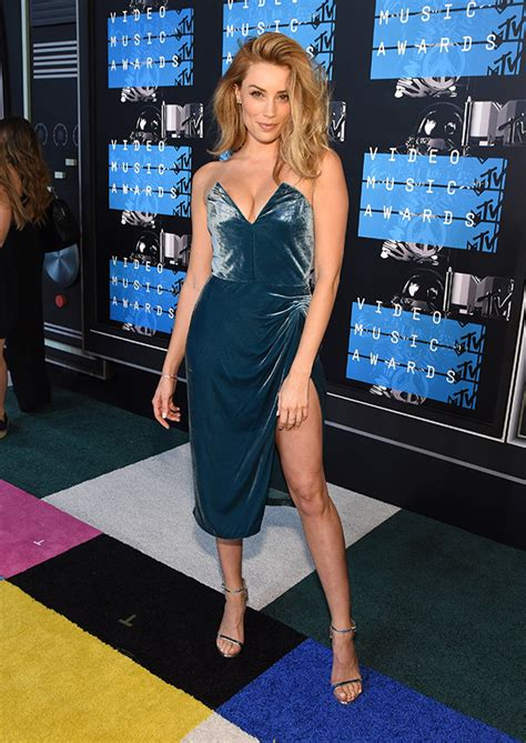 2015 Video Music Awards: Best Dressed List • DreaminLace
