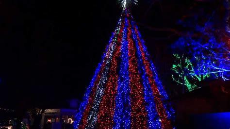 silver dollar city tree light show