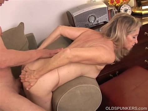 Beautiful Mature Blonde Has A Very Sexy Body And Is A Hot