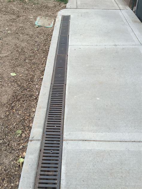 sidewalk  built  drain  snowmelt system