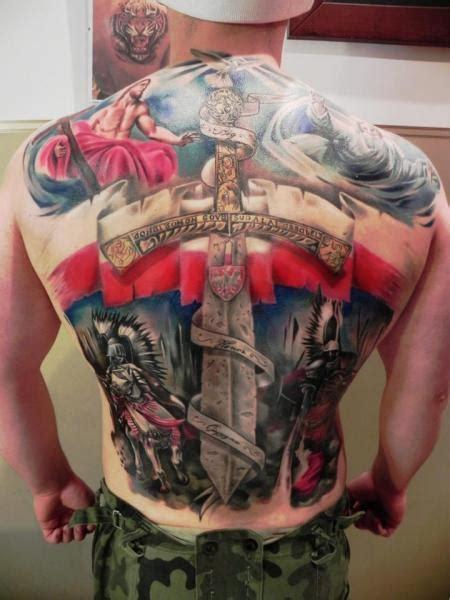 ruecken krieger dolch tattoo von rock ink