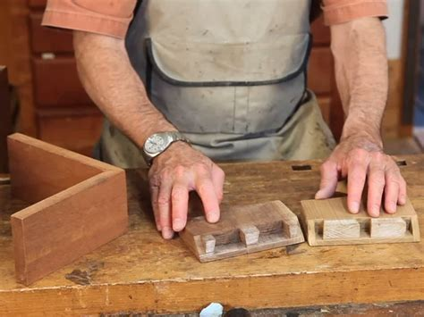 video cutting full blind dovetails woodworking blog