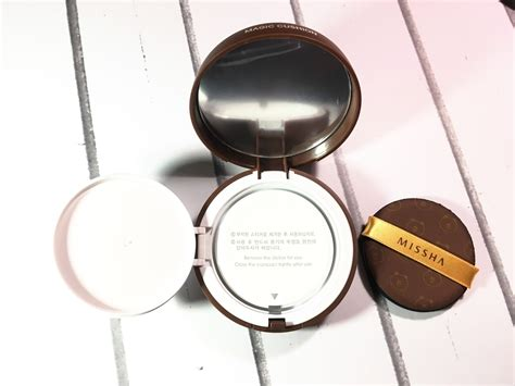 Harga Missha Line review missha bb cushion x line friends by farah solagracia