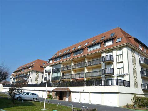 chambre hotel deauville appartement deauville plage 1 locations de vacances