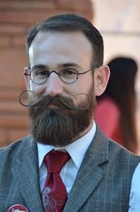25 Best Handlebar Mustache Styles To Look Sharp 2018