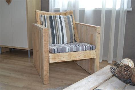 fauteuil en bois de palette avec dossier inclin 233 et