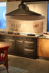Hottes De Cuisine Design Une Slection Du Salon EuroCucina
