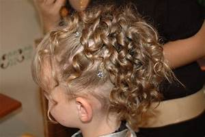 Coiffure Facile Pour Petite Fille : coiffure mariage pour petite fille ~ Nature-et-papiers.com Idées de Décoration