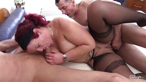 reife swinger mature german redhead in mmf threesome