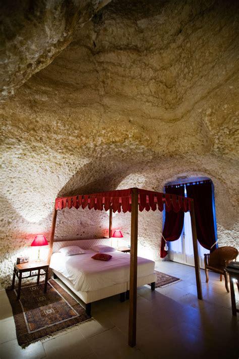 chambre troglodyte nuit insolite dans une chambre troglodyte au château de