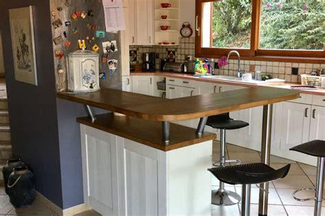 amenager un bar de cuisine aménagement d 39 un bar en chêne massif sur mesure