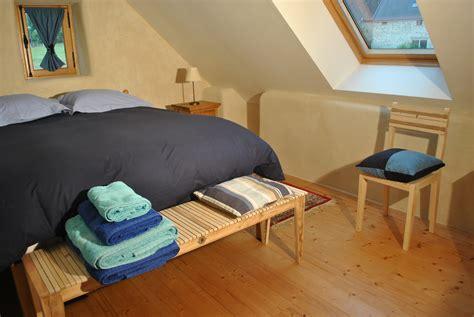 simenon la chambre bleue l 39 écogîte un gîte écologique à aunay sur odon la