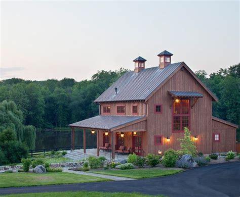 pole barn houses ideas  pinterest barn houses pool barn house  barndominium