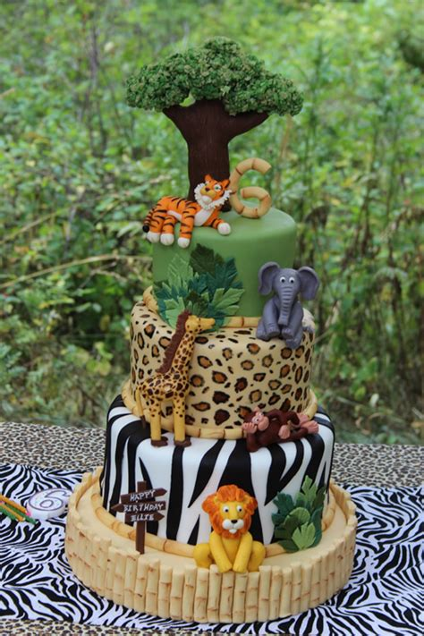 A Jungle Cake With A Surprise Inside  Sweet Dreams Cake