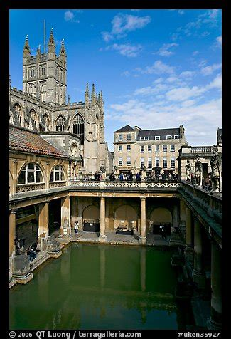 picturephoto great bath roman building  abbey