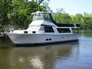 1982 Bluewater Yachts Bluewater 5239 Power Boat For Sale