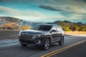 Jeep Cherokee 2018 : 2019 jeep cherokee first drive the anti rav4 motor trend ~ Medecine-chirurgie-esthetiques.com Avis de Voitures