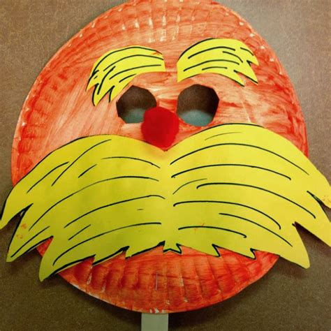 13 simple dr seuss crafts and food ideas for i dig 123 | the lorax craft
