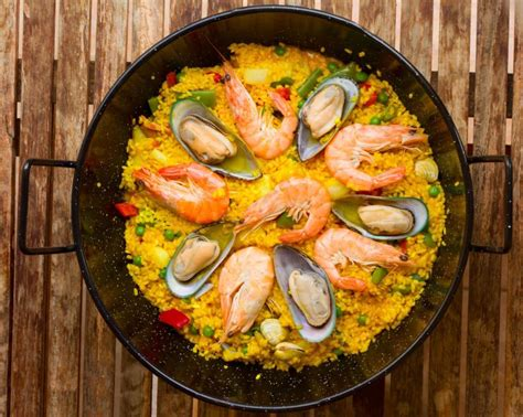 Row Your Boat Bobs And Vagene by Celebrate Las Fallas With A Valencian Cocktail And Paella