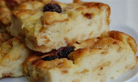 Bayangkan puding yang lembut dengan sensasi roti empuk di dalamnya. Resep Cara Membuat Puding Roti Tawar Paling Mudah | Resep ...