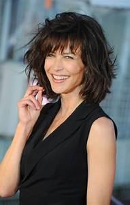 Coupe De Cheveux Pour Visage Rond Femme 50 Ans : coupe de cheveux femme 50 ans ~ Melissatoandfro.com Idées de Décoration