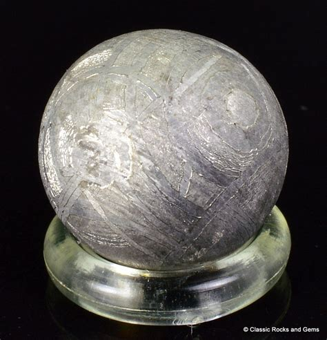 muonionalusta iron meteorite sphere widmanst 228 tten 11 mm
