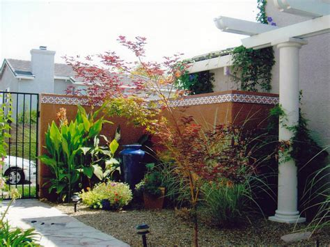 style courtyards mediterranean inspired courtyards outdoor spaces patio