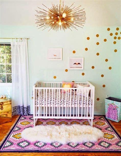 chambre bébé simple chambre de bébé 25 idées pour une fille décoration