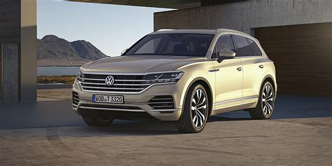 volkswagen touareg revealed