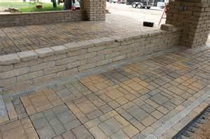 Menards Patio Wall Blocks by 16 Quot Ez Slate Patio Block At Menards 174
