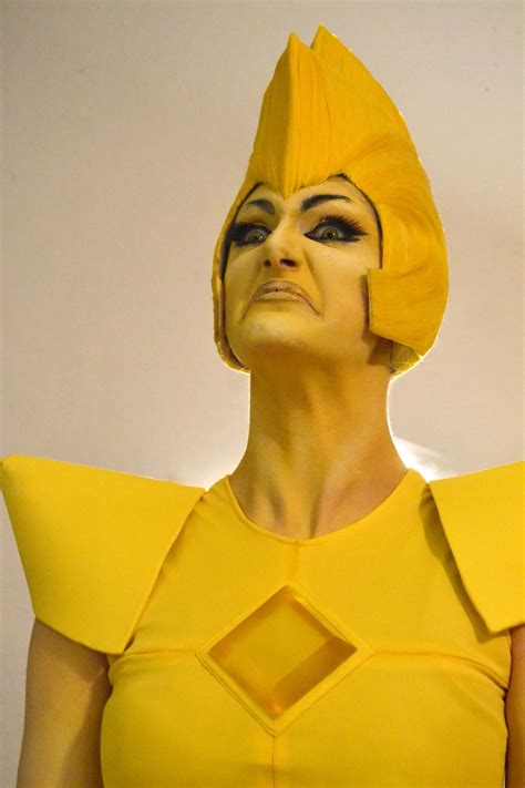 THIS. YELLOW DIAMOND. COSPLAY. IS. AMAZING. u0026quot;Welcome to The World of Steven Universe (Tumblr ...
