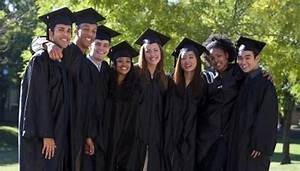 what to wear to an afternoon graduation synonym