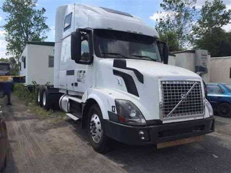 Volvo Truck For Sale By Owner by Volvo Vnl 2013 Sleeper Semi Trucks