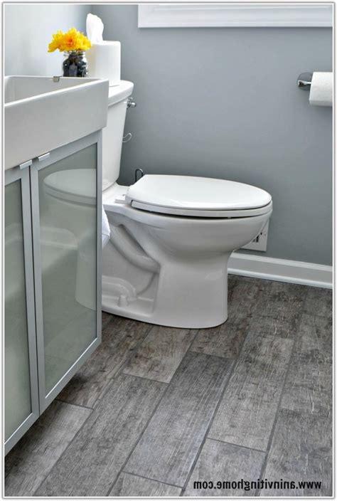 Grey Wood Tile Bathroom by Wood Look Tile Bathroom Gray Wood Look Tile Bathroom