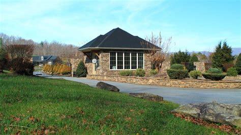 vista  blacksmith run hendersonville nc community reviews real estate guide