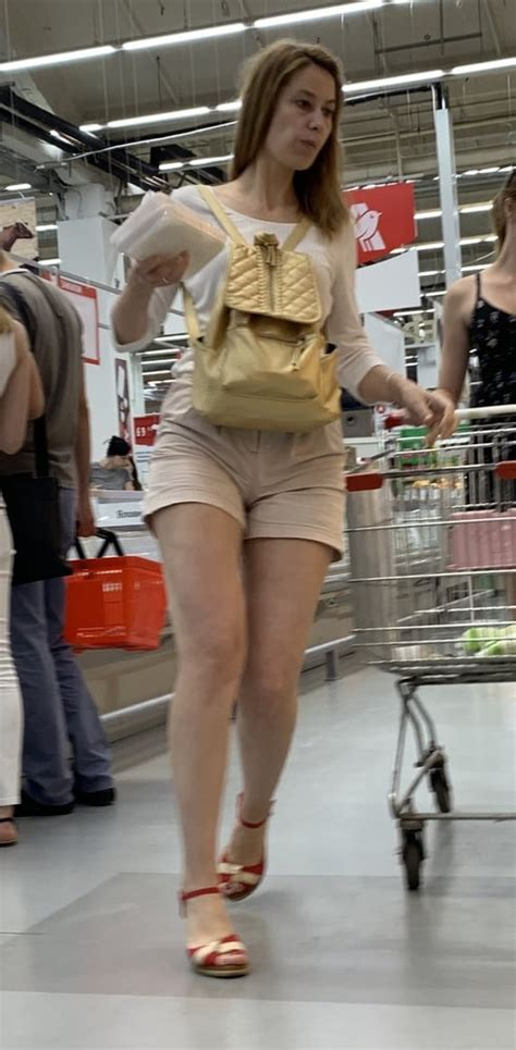 Mature Blonde Skinny Showing Her Beautiful Ass Divine