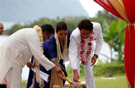 tulsi gabbard weds abraham williams  hindu ceremony