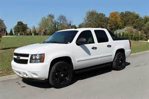 Lifted Chevy Avalanche White galleryhip com - The