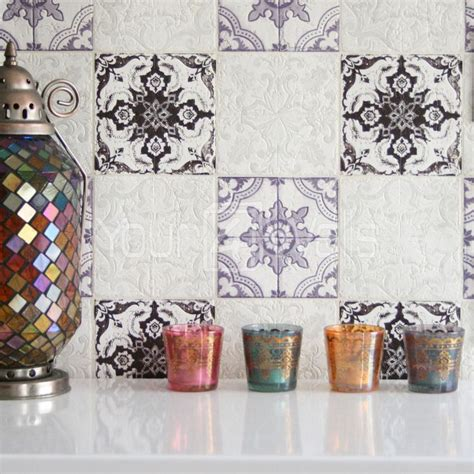 marocain tuile g 233 om 233 trique papier peint effet carrelage en violet noir violettes