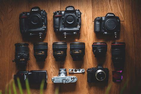 wedding photography gear  camera  wedding photography