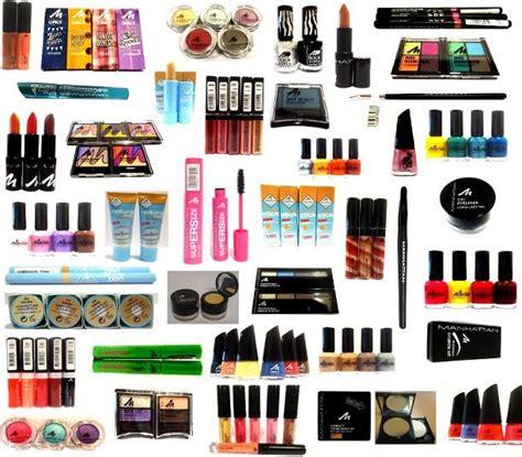 palette produits de beautes maquillage de marques