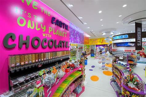 candylicious  dubai  worlds largest candy store