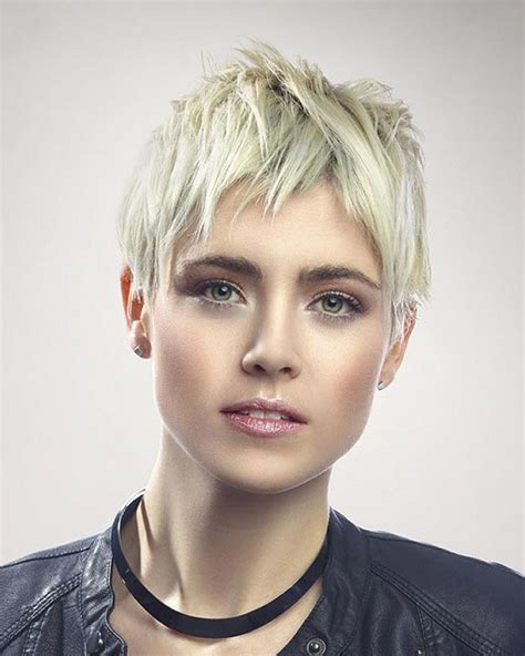Pixie Hairstyles easy and fast 36 pixie haircut inspirations for 2019