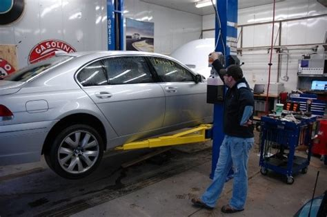 auto body repair training 2005 mitsubishi galant lane departure warning bmw repair by oneway automotive independent bmw mini repair in north little rock ar bimmershops