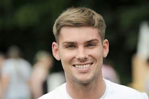 Hollyoaks star Kieron Richardson urges people to nominate ...