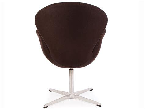 canapé lc2 chaise swan arne jacobsen marron